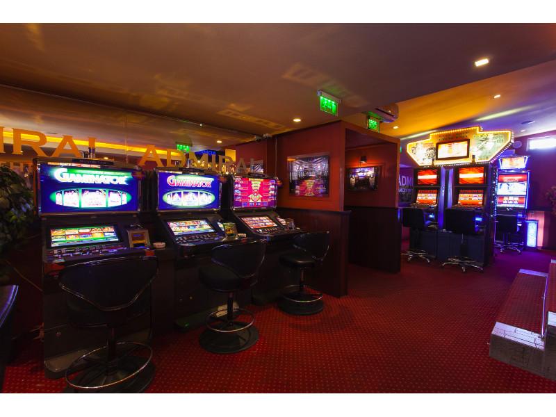 Admiral club slot machine