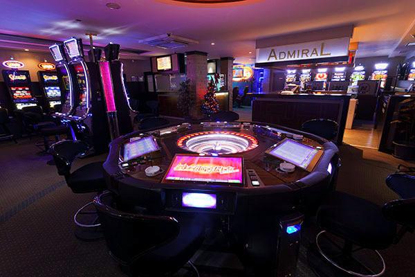 Игровые автоматы в казино 888 Адмирал